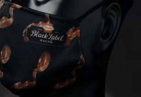 Breathable Bacon com 2020